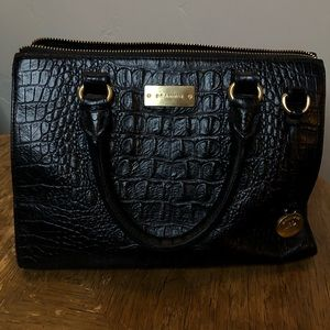 Used Brahmin purse black